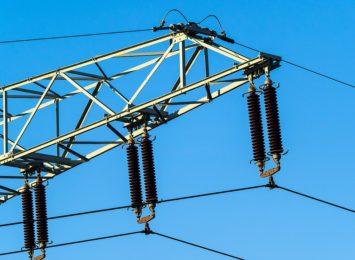 Tauron kontroluje nielegalne pobory prądu. Jak potwierdzić czy do naszych drzwi nie zapukali oszuści?
