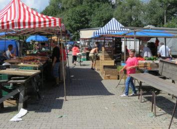Nieczynne targowisko w Wodzisławiu