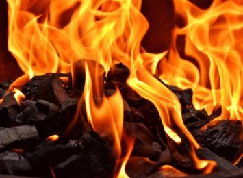Ogień przyczyną policyjnej interwencji