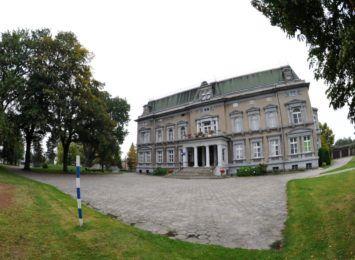 Bajka o Kinderlagrze powstała w gminie Kornowac. Teatr Safo przypomina okrutną historię
