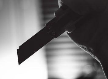 Żory: Niekompletnie ubrany mężczyzna zatrzymany z nożem w ręku