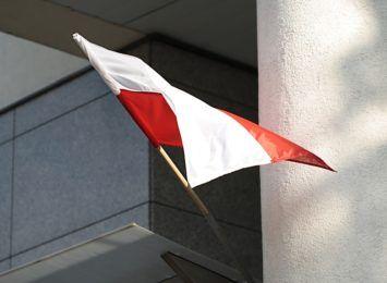 Wywieś flagę. Przed nami majowe święta narodowe