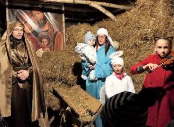 Boże Narodzenie z archiwum. Żywe szopki w tym roku na filmach [WIDEO]