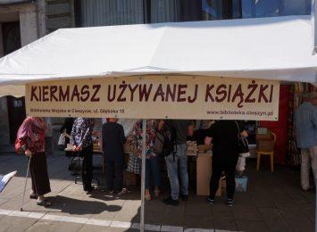 Letni kiermasz książki używanej w Cieszynie tylko do końca sierpnia