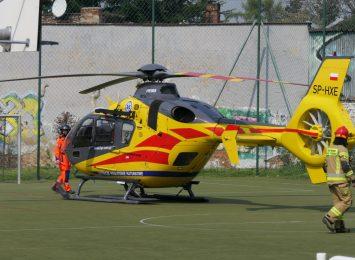 Groźny wypadek w Nędzy, po rannego przyleciał helikopter