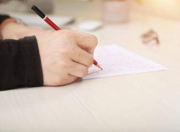 Dziś rozpoczęły się próbne testy ósmoklasistów. Na początek egzamin z języka polskiego