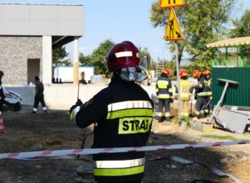 Łyżką w gazociąg. Akcja straży pożarnej w Rybniku [WIDEO]