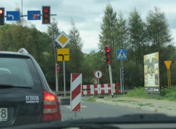 Nie ma przejścia dla pieszych na ulicy Starojastrzębskiej w Wodzisławiu