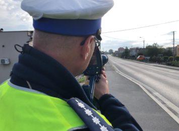 """Kierowcy noga z gazu! Dziś policyjne kontrole pod hasłem """"Prędkość"""""""