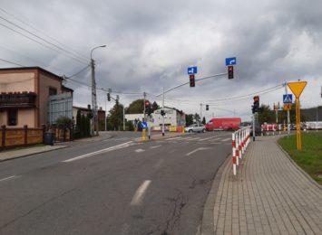 Uwaga kierowcy w Rydułtowach. Zmiany w ruchu na skrzyżowaniu obok biblioteki