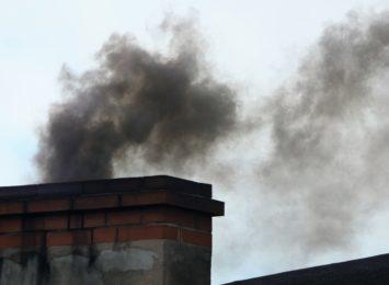 Radiowy Alarm Smogowy: Co roku z powodu smogu umiera tyle osób, ilu mieszkańców ma Wodzisław Śląski