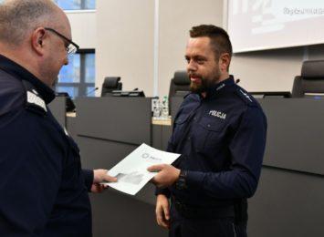 Policjant z Rybnika doceniony przez zwierzchników