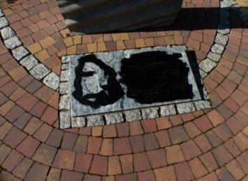 Rydułtowy: Wandal zamalował tabliczki [FOTO][AKTUALIZACJA]