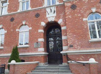 Ogromne kolejki do wydziału komunikacji w Starostwie Powiatowym w Rybniku