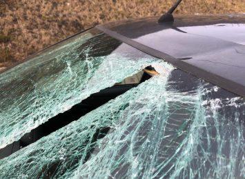Lód może zabić! Kierowcy czyście auta!