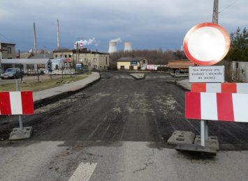 Rybnik: Trwa remont ulicy Rudzkiej, przedsiębiorcy liczą straty [FOTO]