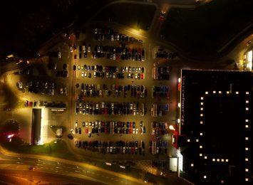 Koronawirus: Co z parkingami przy marketach?