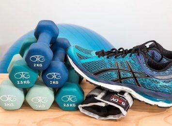 Brakuje Ci siłowni i ćwiczeń? Trenuj online