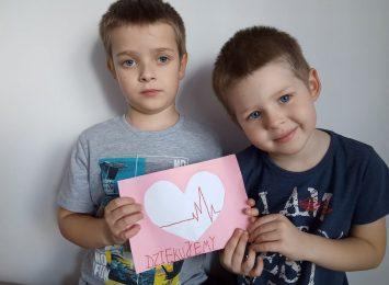 Kartki dla służby zdrowia od przedszkolaków z Czerwionki