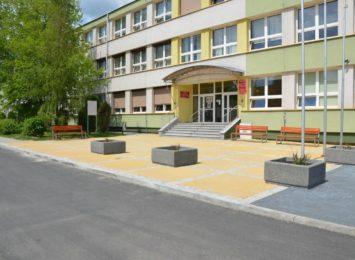 """Kompleksowy remont sali gimnastycznej w """"Tischnerze"""""""