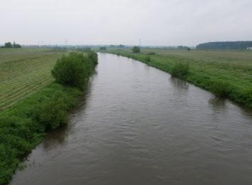 Woda w rzekach opada
