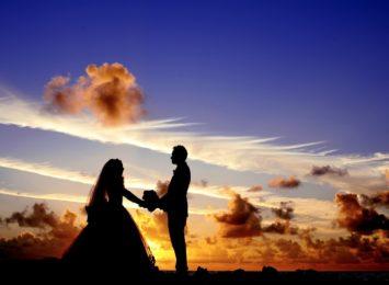 Ks. Chojnicki: Bardziej przeżywamy teraz komunie i śluby [WIDEO]