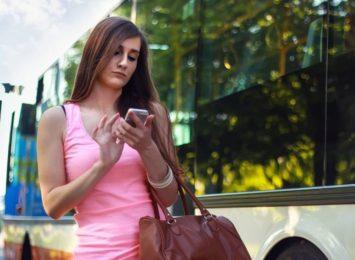 SMS z prośbą o dopłatę do przesyłki. Uwaga, to może być oszustwo!