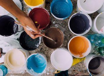 Rybnik: Malowanie murków przy Młodzieżowym Domu Kultury