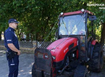 Podwójna wpadka traktorzysty w Rudach