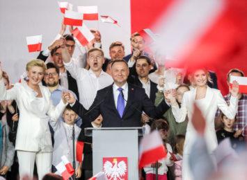 Sondaż late poll z godz. 2:00 wskazuje na zwycięstwo Andrzeja Dudy