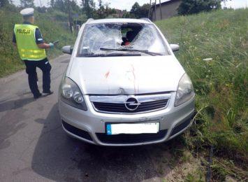 Pijany rowerzysta wpadł na samochód