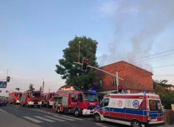 Rydułtowy: Wybuchł pożar domu jednorodzinnego [AKTUALIZACJA, WIDEO]