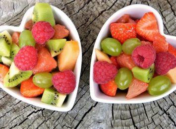 Najlepsze na upały. Poznaj owoce, które zawierają dużą ilość wody