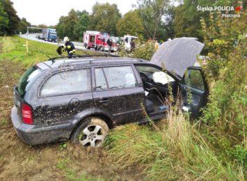 Stracił panowanie nad pojazdem. Uderzył w samochód, którym podróżowała kobieta z 11-letnim dzieckiem