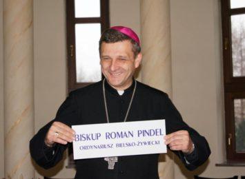 Biskup diecezji bielsko-żywieckiej z koronawirusem