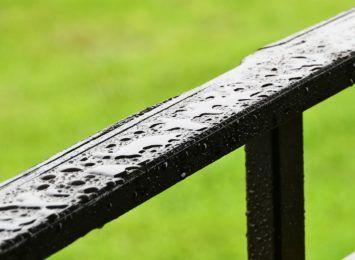 Intensywne opady deszczu w regionie. Możliwe są także burze