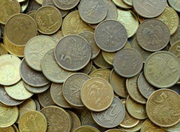 5 groszy i 17 tysięcy złotych. Najniższe i najwyższe emerytury w regionie