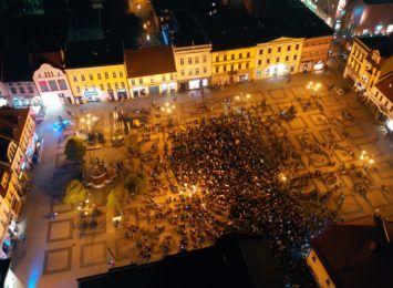 """""""Nie ma zgody na #polexit"""", akcje także w regionie. Wydarzenia m.in. w Rybniku i Cieszynie"""