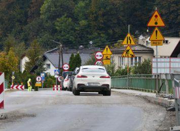 Z powodu złej pogody, odwołują dzisiejsze prace na drodze do Wisły