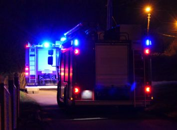 Pożar stolarni w Zebrzydowicach. Na miejscu było 7 strażackich zastępów