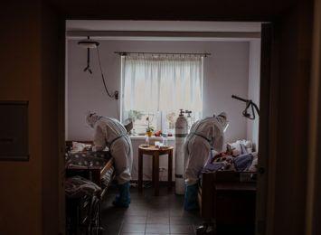 Sześć zakażeń koronawirusem na Śląsku, zmarły dwie osoby