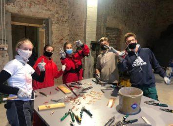 Rzuchów: Młodzież z Polski i Czech uczyła się ratować zabytki [WIDEO,FOTO]