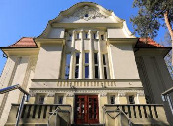 Biblioteka w Raciborzu nie zostawia czytelnika: Książka z dostawą do domu