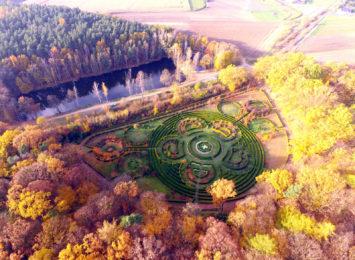 Piękna, złota jesień w Arboretum Bramy Morawskiej w Raciborzu [wideo z drona]