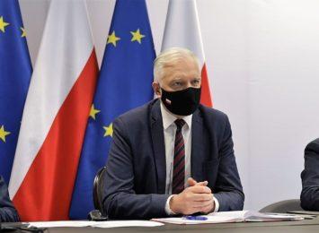 Wicepremier Jarosław Gowin jednak nie zamknie stoków?