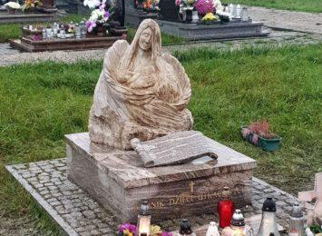 Pomnik Dzieci Utraconych w Brzezówce na Śląsku Cieszyńskim odnowiony