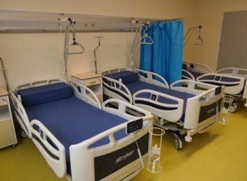 """Jak sytuacja w szpitalu tymczasowym? """"Jesteśmy w pogotowiu"""" - mówią służby wojewody"""