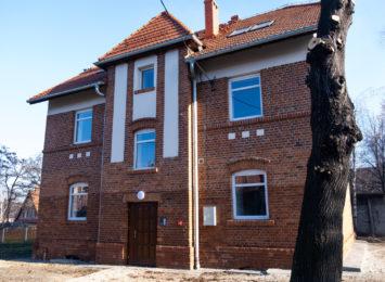 Kolejny familok na zabytkowej Kolonii Emma w Radlinie zrewitalizowany [FOTO]