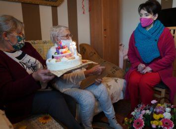 100- latka z Jastrzębia: Najważniejsze jest pozytywne nastawienie do życia