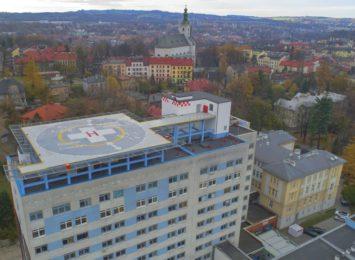 Lotnisko, nowe oddziały - inwestycje w cieszyńskim Szpitalu Śląskim [FOTO]